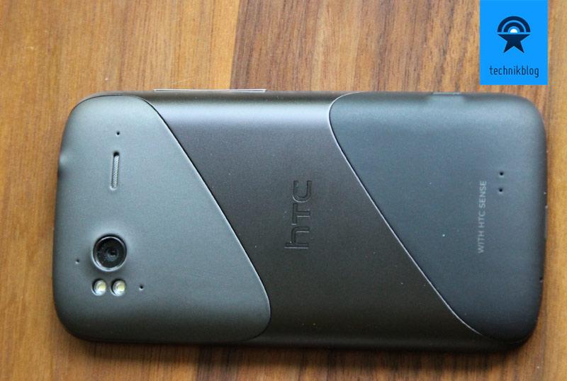 HTC Sensation - das unibody Gehäuse und Kamera/Blitz