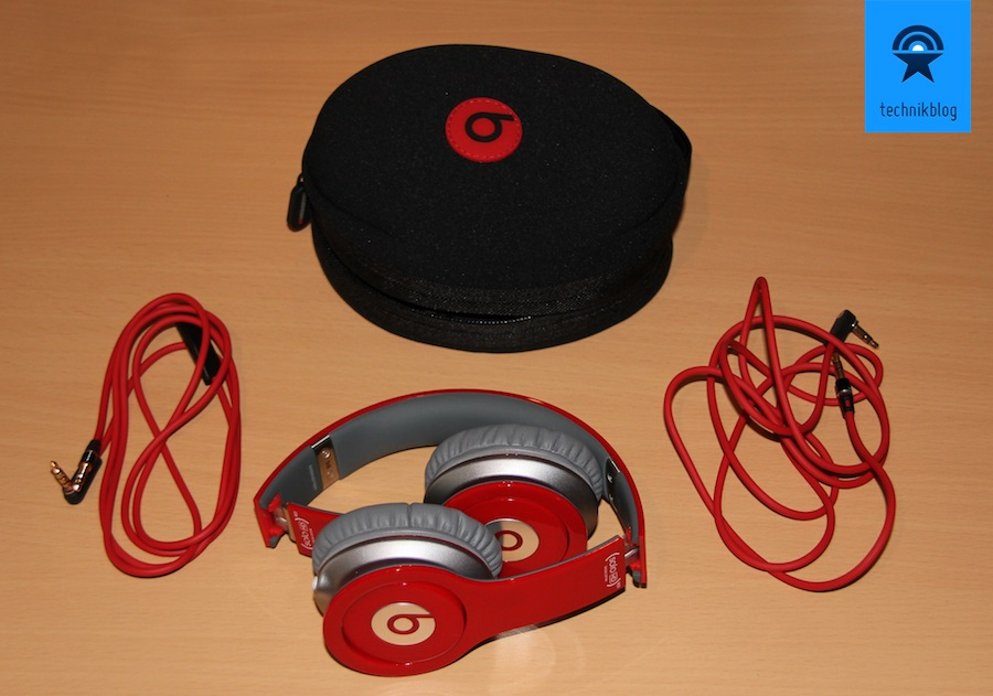 Beats Solo HD Lieferumfang: - praktische Tasche und 2 Kabel