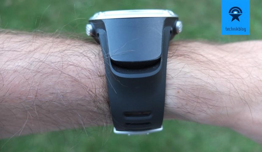Suunto Ambit - GPS Receiver auf der Seite