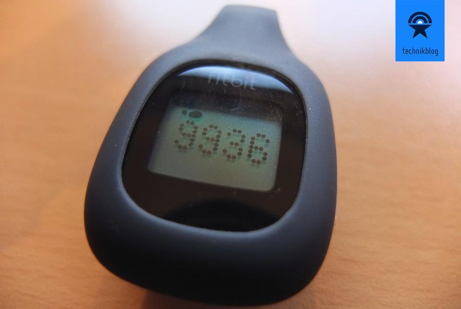 FitBit Zip Tracker in der Silikonhülle