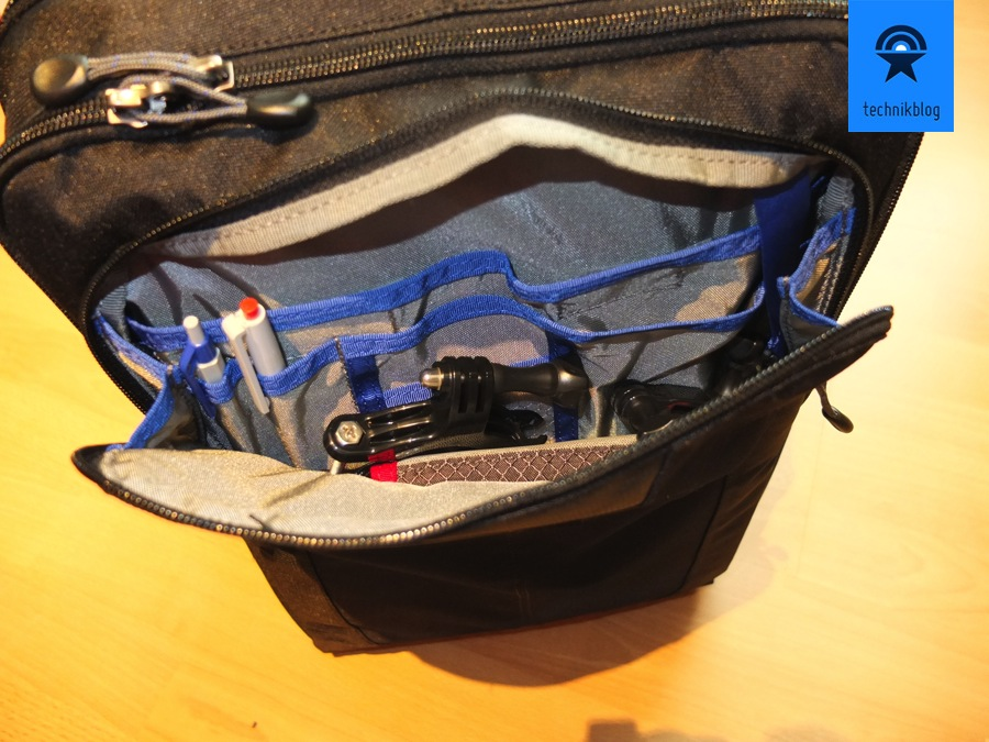 Tasche für Kleinzeugs und Stifte vorne