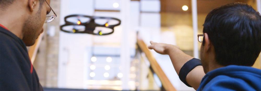 MYO controls the AR Drone