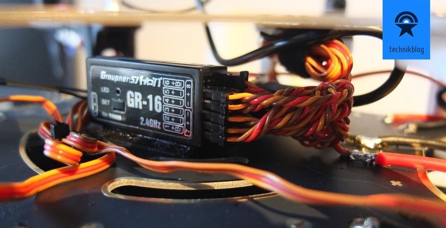 Projekt Multicopter - Zusammenbau - Graupner MX16 verbaut
