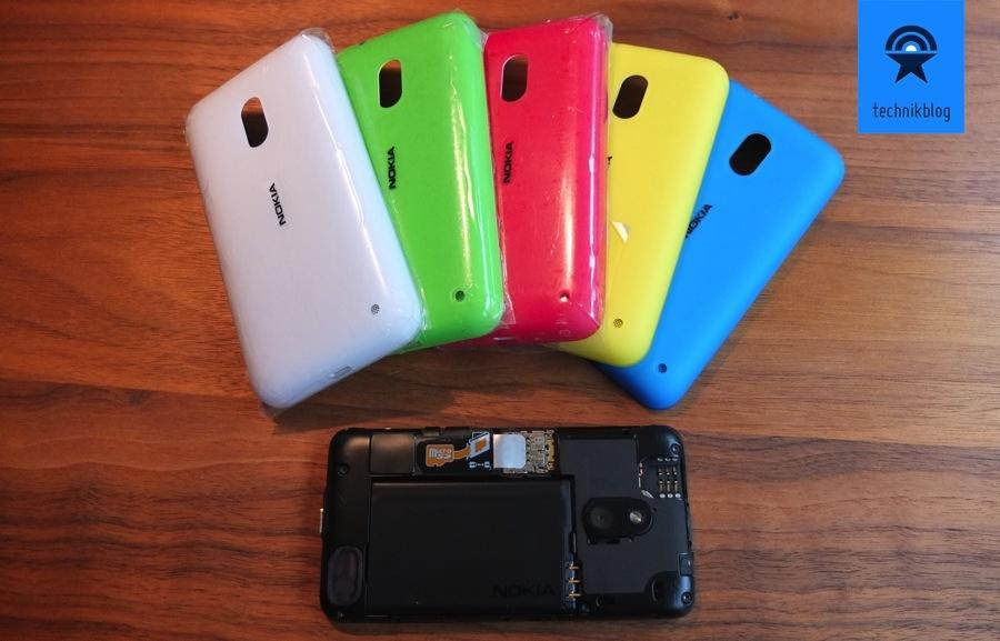 Nokia Lumia 620 - Covers gibt es in allen Farben