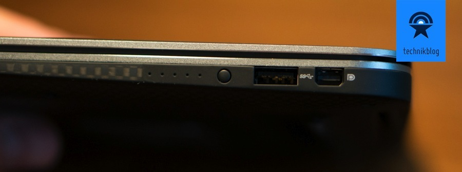 Dell XPS 13: Anschlüsse rechts - USB, Displayport und Batterieanzeige