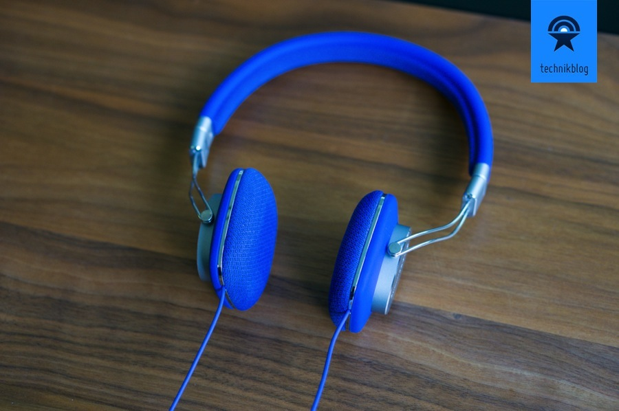 Bowers & Wilkins P3 blue - sieht ganz schön edel aus