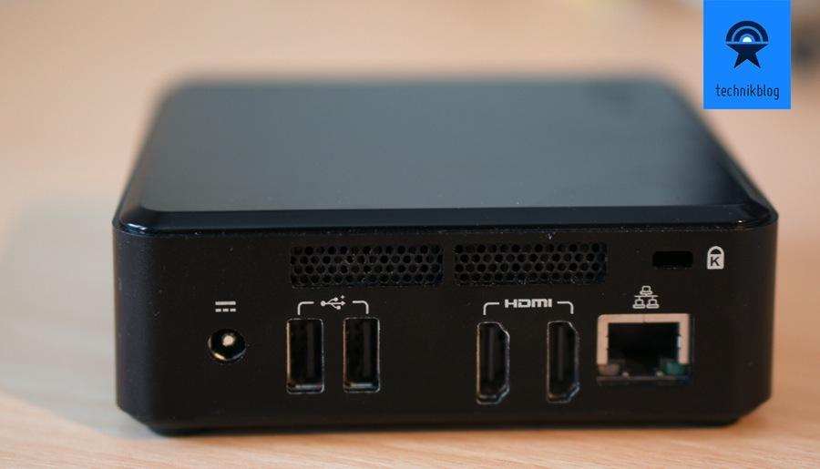 Intel NUC Anschlüsse: 2 USB hinten, 2 HDMI, 1 Ethernet und 1 USB Anschluss vorne