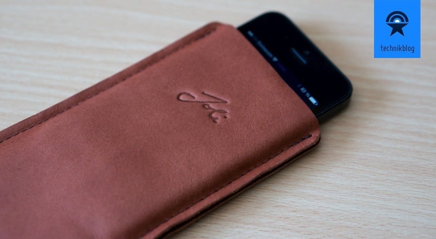 Joli Originals iPhone 5 Sleeve
