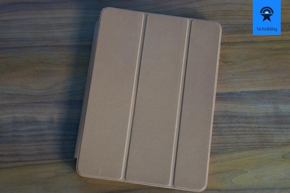 Apple iPad Air im edlen, ledernen Smart Case