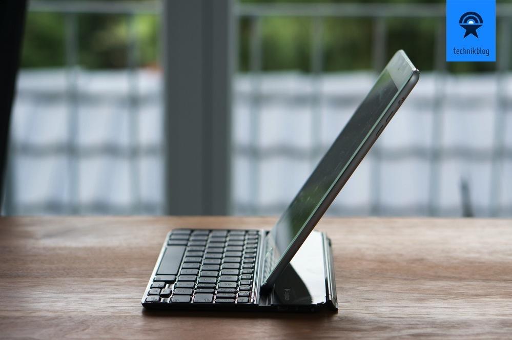Logitech Ultrahin Keyboard - guter Blickwinkel beim Schreiben