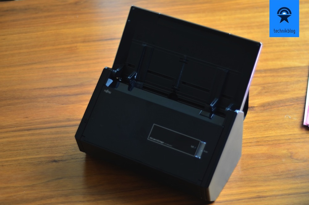 Fujitsu ScanSnap iX500 Review - 03