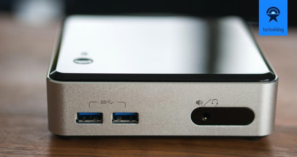 Intel NUC in Frontansicht: Zweimal USB 3.0, IR-Empfänger und Klinkenbuchse