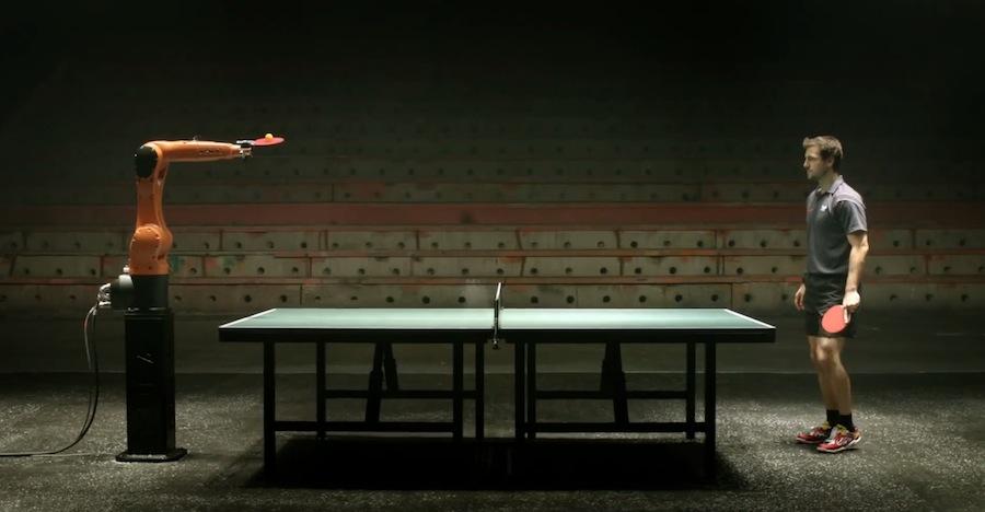 Tischtennis-Roboter