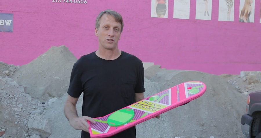 Tony hawk und das Huvr Board