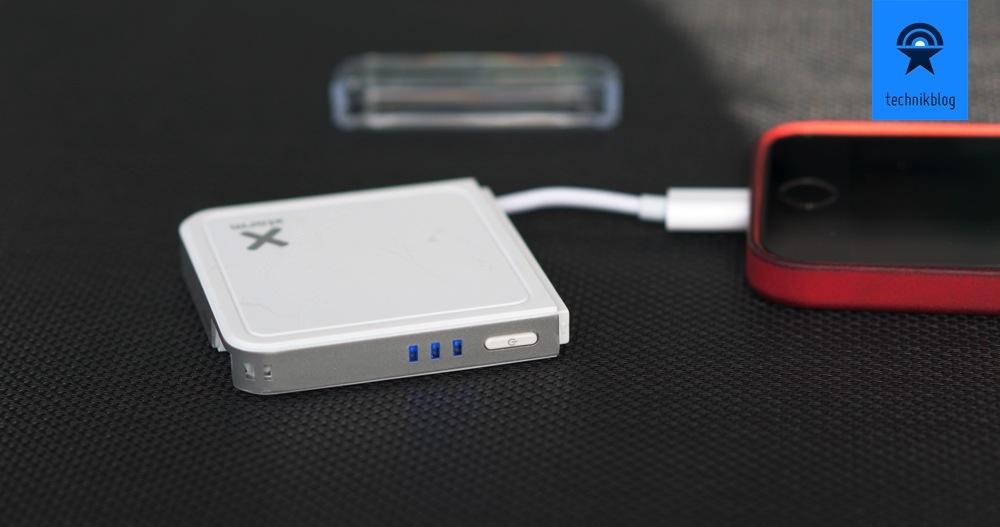 Xtorm Pocket Power Bank: Mit Ladezustandsanzeige beim Laden meines iPhones