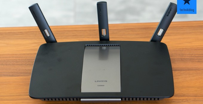 Linksys EA6900 Smart Wi-Fi Router