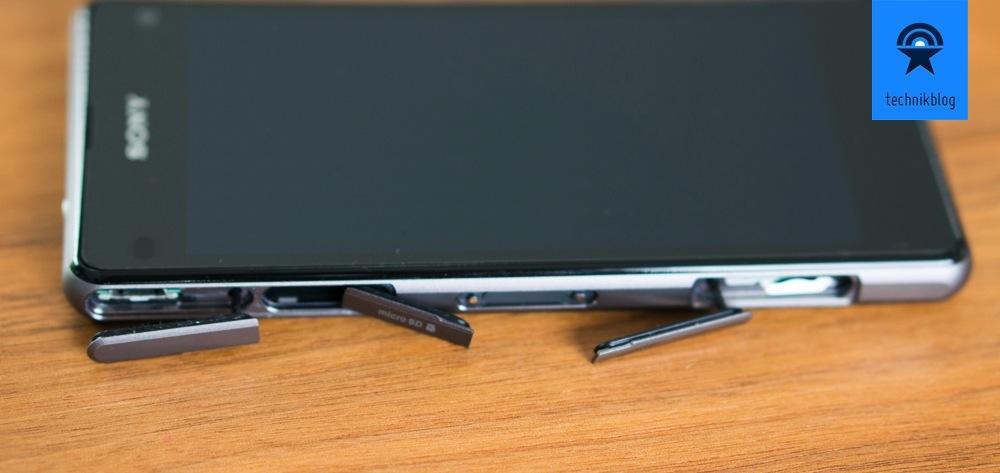 Sony Xperia Z1 Compact ist wasserdicht dank Abdeckungen an den Anschlüssen.