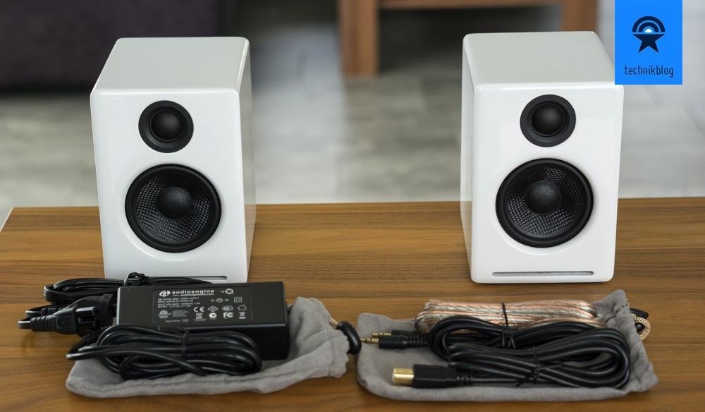 Bei den Audioengine A2+ liegt alles nötige bei
