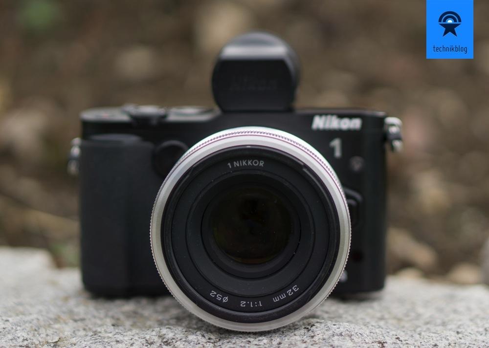 Nikon 1 V3 mit dem genialen 32mm f/1.2 Objektiv
