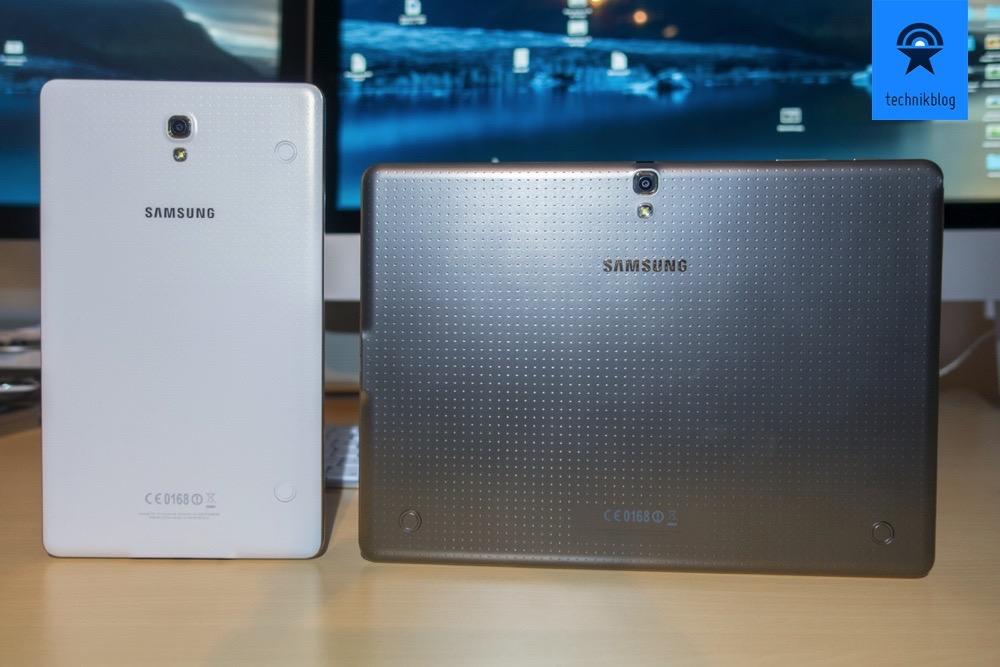 Samsung Galaxy Tab S: Angenehme Rückseite aus Kunststoff mit  bronzenem Rahmen.