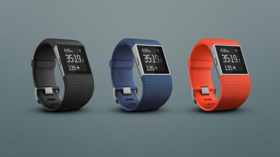 Fitbit Surge in drei Farben
