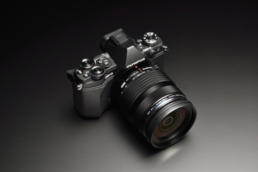 Die OM-D E-M5 Mark II in schwarz