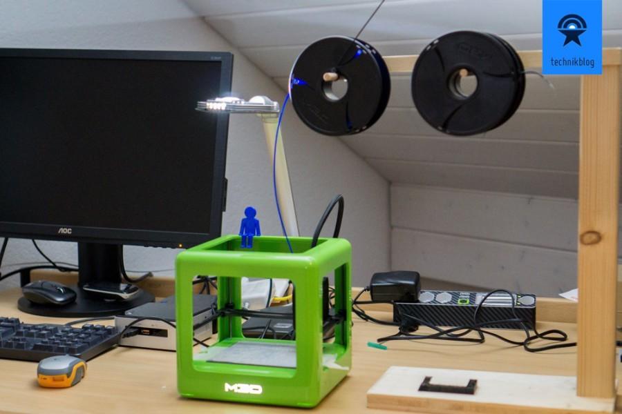 M3D Printer - eigene Filament Halterung hilft bei Bruch des Materials