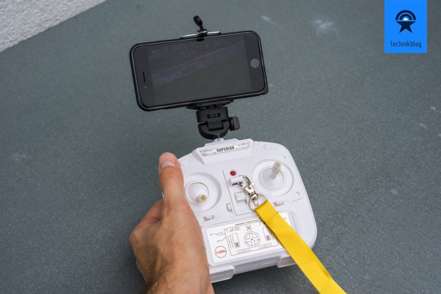 Shengkai D97 Fernbedienung mit Smartphone-Halterung für FPV-Bild