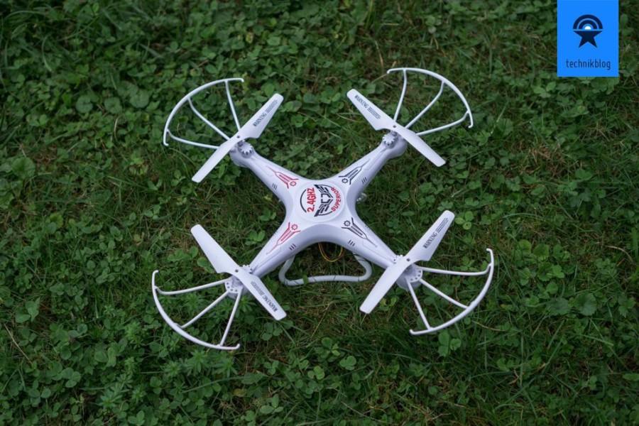 Shengkai D97 Quadcopter - kein Verarbeitungswunder aber erfüllt seine Pflicht.