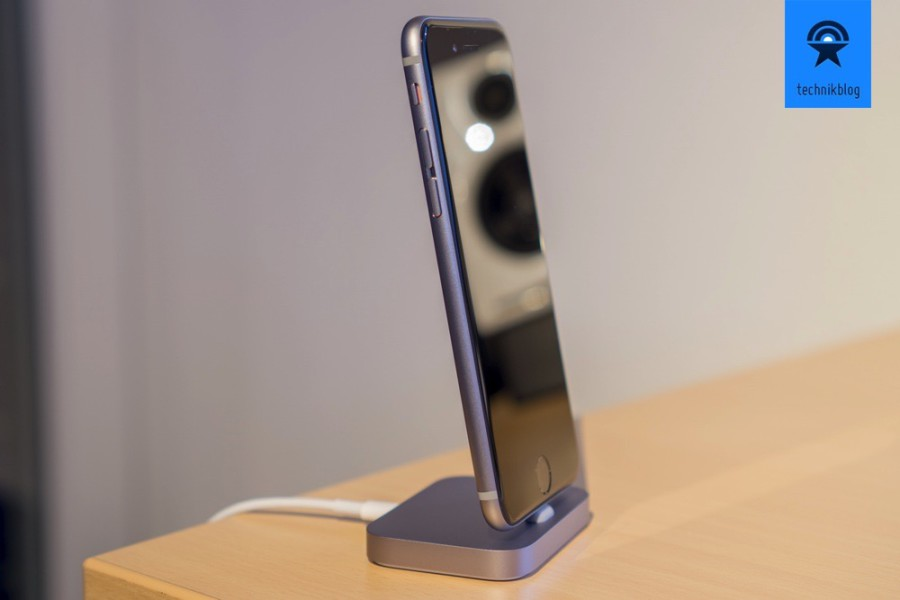Apple iPhone 6S und das passende Dock